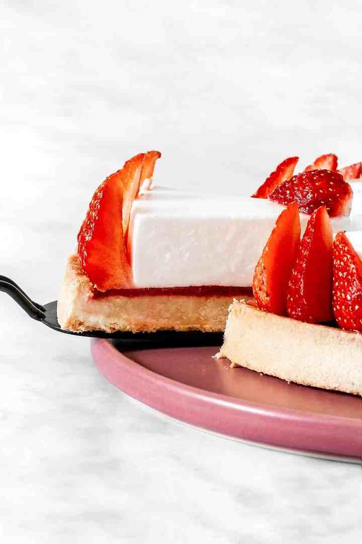 Tarte cheesecake sans cuisson et insert coulis aux fraises