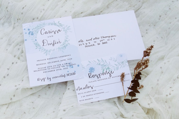 Look at this beautiful stationery! This set is one of my favorite sets I've made thus far. I was so happy to have a planner and photographer who really let me be creative and make what I thought would look the best. These turned out absolutely perfect 🤩