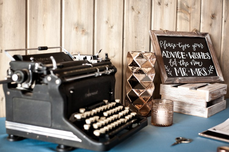 One of the pieces I made for this shoot was this fun guest book sign. I love chalkboard signs more than anything and I think chalkboard fit the theme of this shoot perfectly