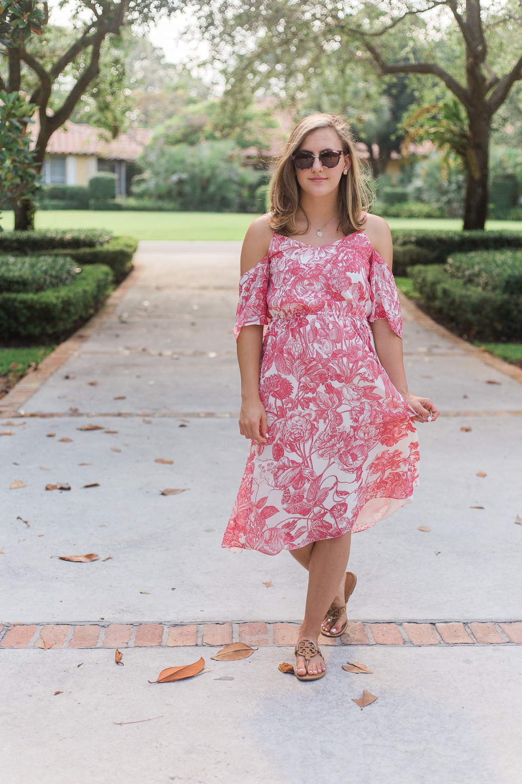 My Favorite Part about Traveling #sallyjetsets, a rose dress on sweetlysally.com