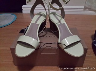 Discounted pair of sandals at Zara