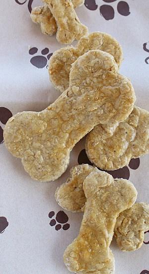 Homemade Dog Treats in dog bone shape.