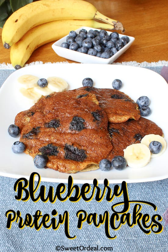 Pancakes with fresh bananas and blueberries.