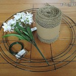 Making A Burlap Wreath