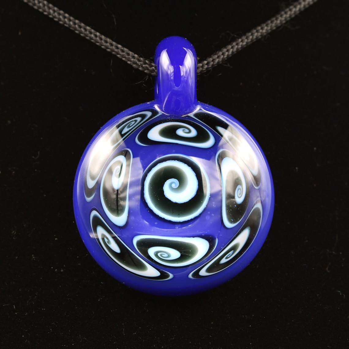 Kaja Glass – Deja Blue 9 Section Microspiral Pendant