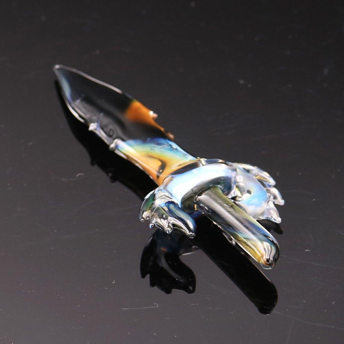 B-Hold Glass – 2021 Glass Sword Pendant 4