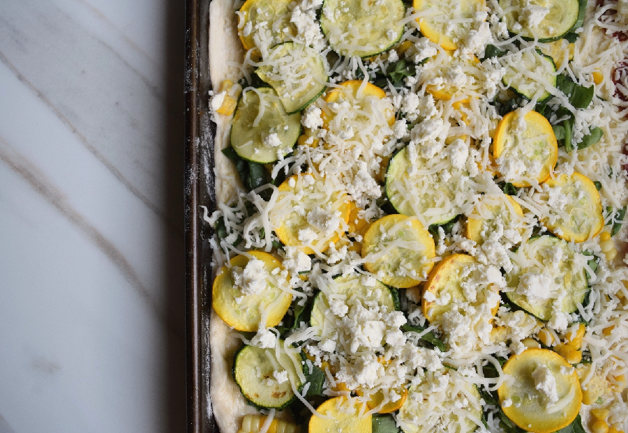 summer zucchni and corn pizza.8