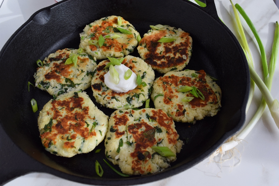 how to make potato fritters from mashed potatoes