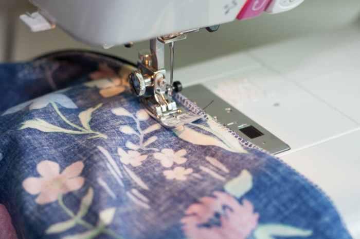 DIY Women's Gathered Skirt Sewing Tutorial