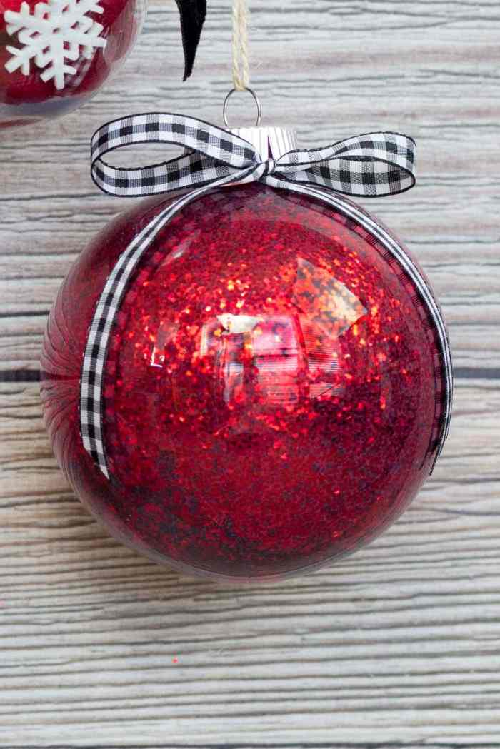 Mod Podge Clear Plastic Christmas Ornament Glitter Tutorial