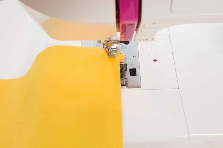Sew a lined Zipper Clutch Purse