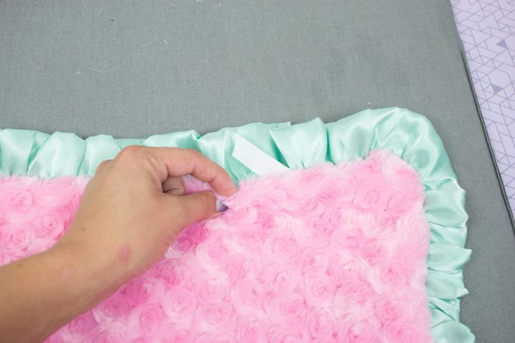 How to Sew a Baby Blanket with Double Gauze and Minky Fabric Sewing Tutorial