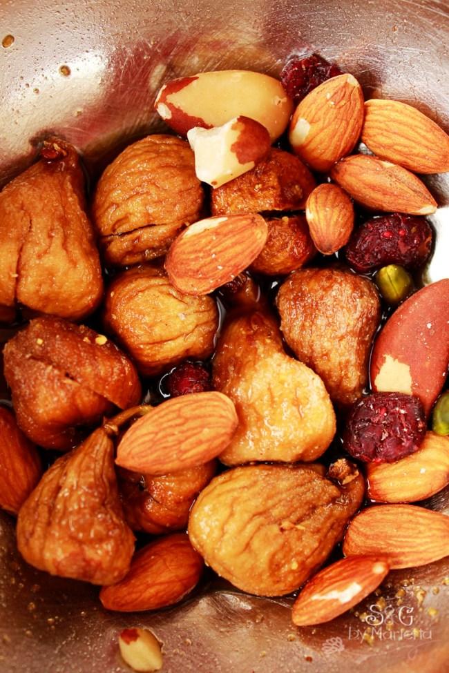 Pudin de mantequilla y frutos secos con higos Sweets and Gifts by Marietta, Murcia, Recetas Thermomix,  repostería tradicional, Murcia, Vino dulce, flor