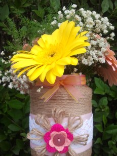 pink-and-yellow-bow-vase-2-twine-and-lace-mania