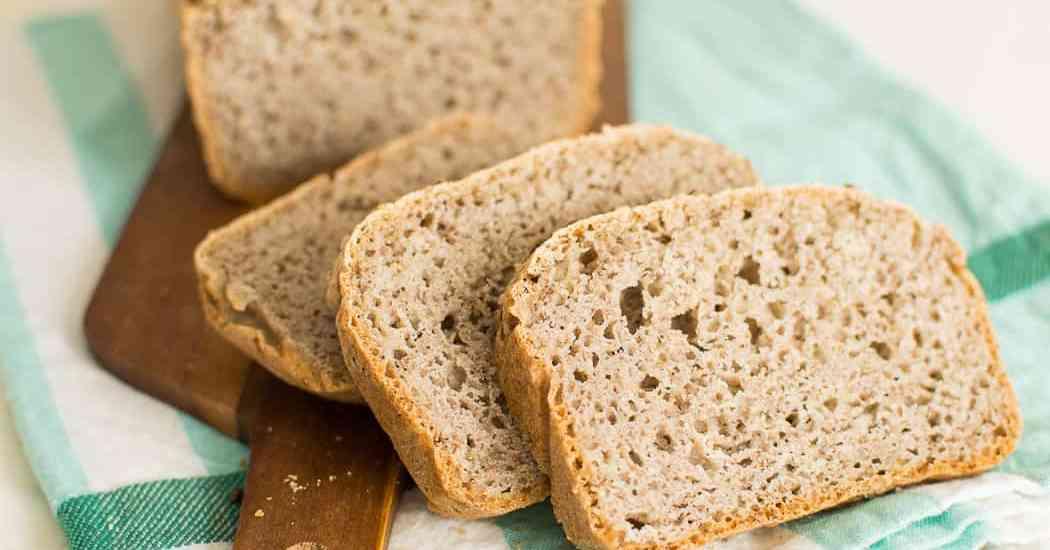 Pane senza glutine grano saraceno farine naturali no mix pronti lievitazione veloce ricetta facile
