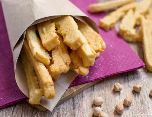 Panissa Bastoncini di ceci fritti senza glutine latticini uova lattosio ricetta ligure genovese