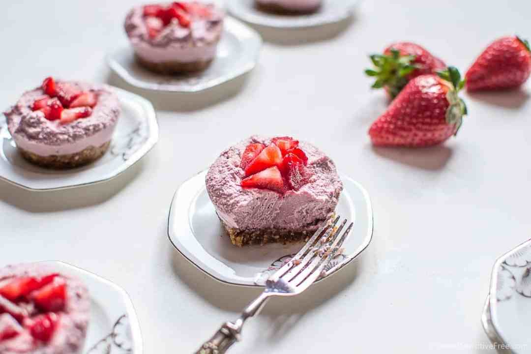 vegan gluten free strawberry mini cheesecakes