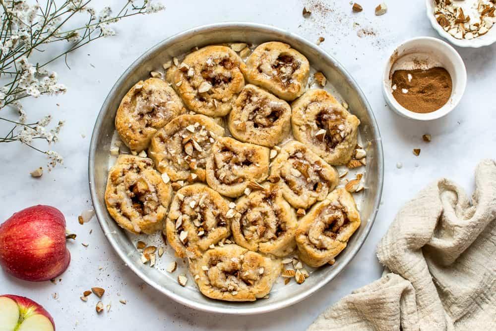 Girelle mele e cannella senza glutine lattosio uova Cinnamon rolls senza glutine vegan