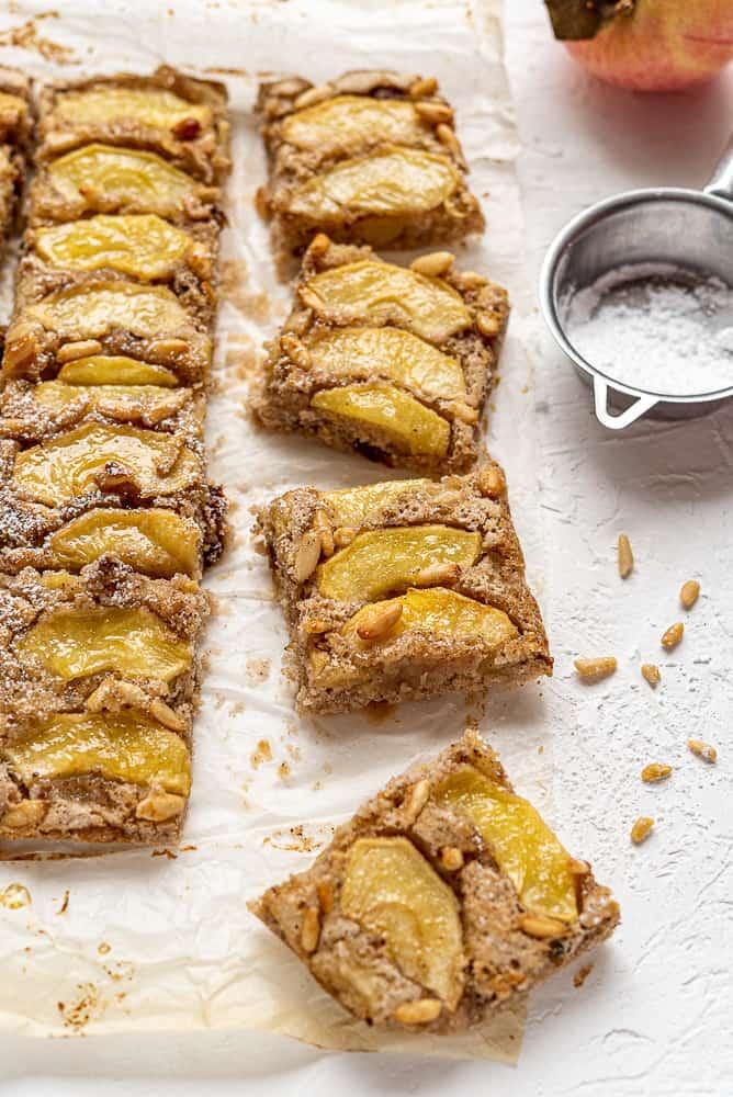 Quadrotti torta di mele senza glutine farine naturali