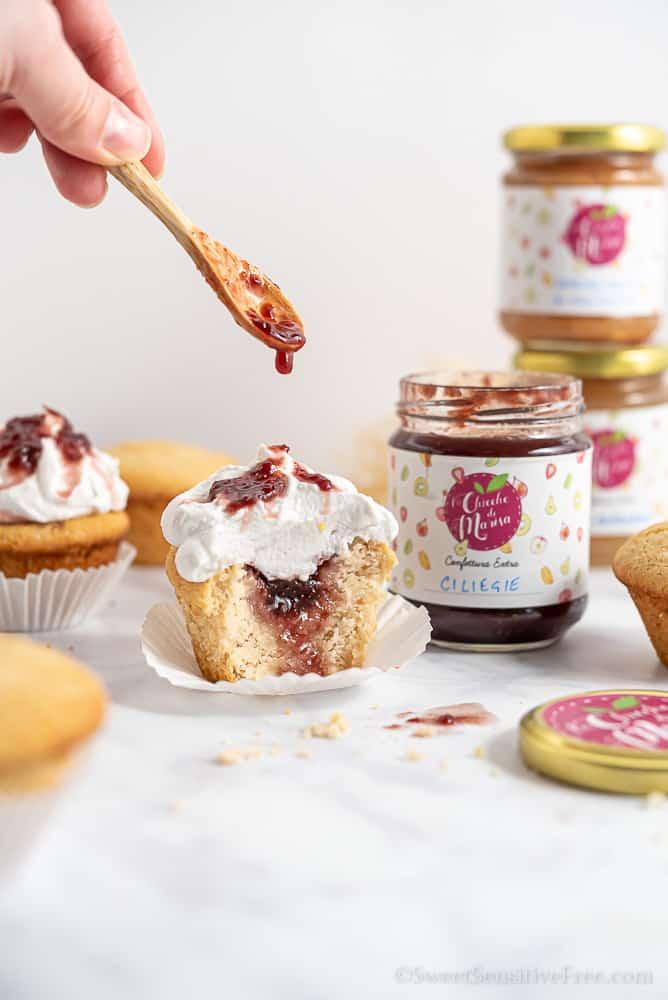 Cupcake senza glutine con frosting senza burro