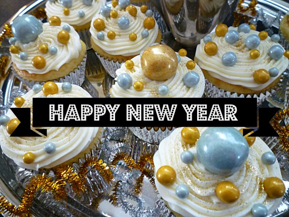 Bubbly Cupcakes in Silver and Gold   SWEET SIMPLE STUFF Happy New Year Cupcakes