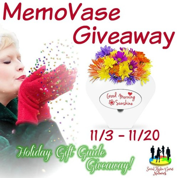 """MemoVase 8"""" Ceramic Flower Vase with Detachable Bamboo Whiteboard Holiday Gift Guide Giveaway! Ends 11/20/17"""