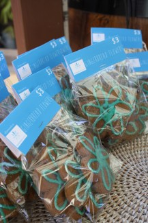 'Afternoon Teal' Fundraising Gingerbread Flowers