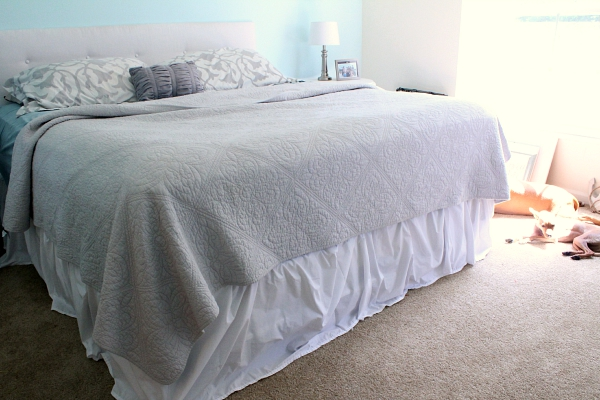 how to make a bed skirt
