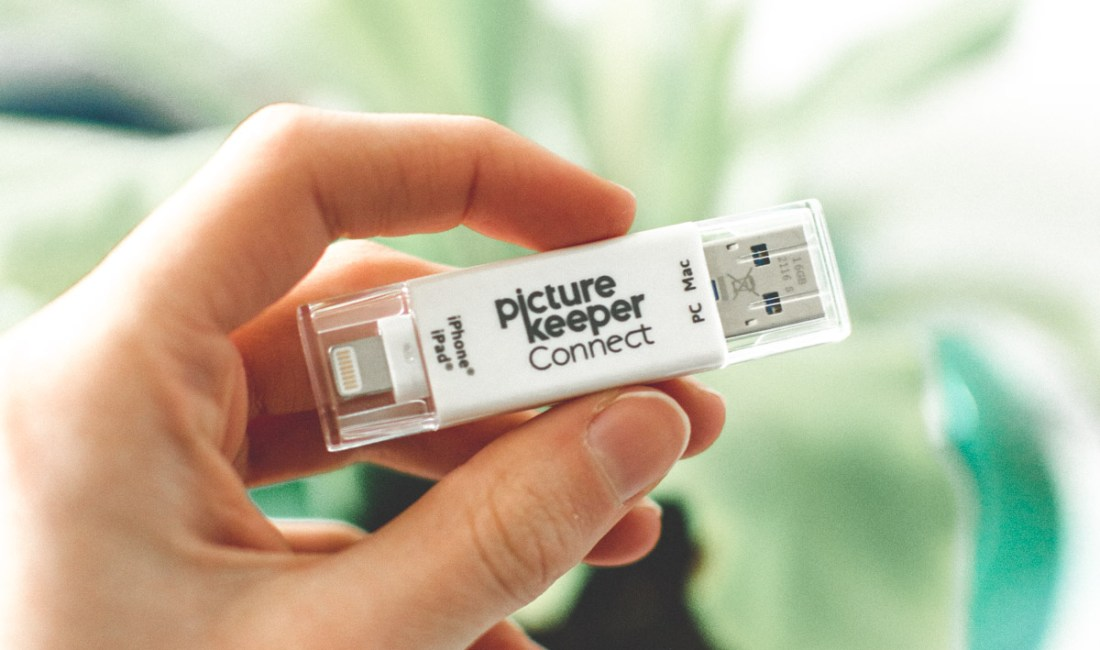 How to easily save all of your photos using the Picture Keeper Connect