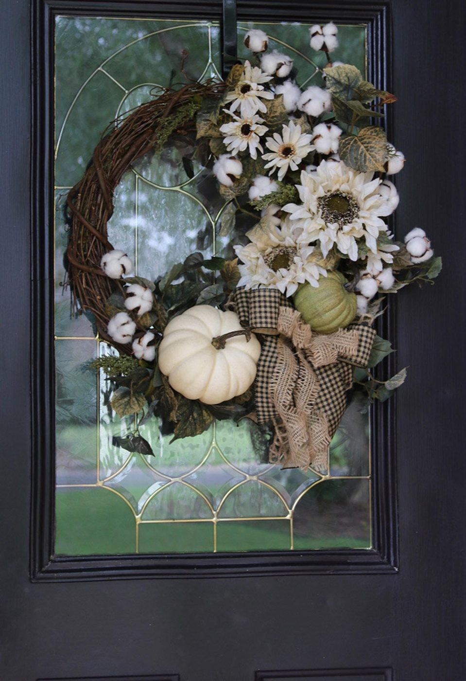 Beautiful ideas for fall wreaths from Etsy