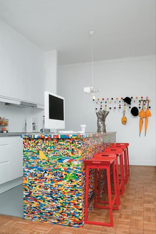 lego-counter-top-made-from-legos-2
