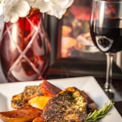Herb Crusted Pork Chops | www.sweetteasweetie.com