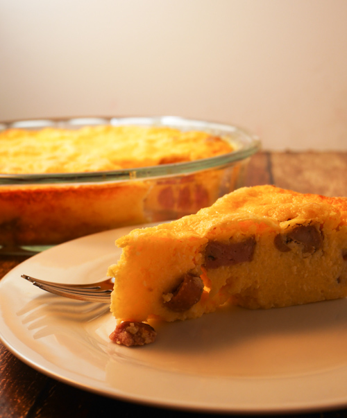 Cheesy Grits and Sausage Quiche | www.sweetteasweetie.com