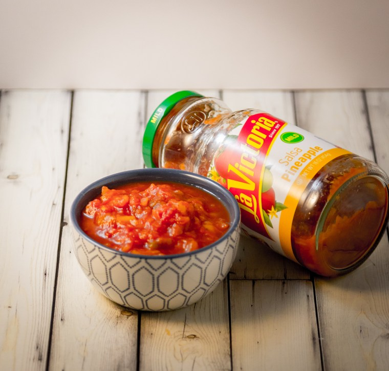 Coconut Shrimp with Sweet and Spicy Pineapple Salsa