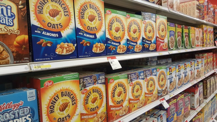 Honey Bunches of Oats Almond Treats | www.sweetteasweetie.com