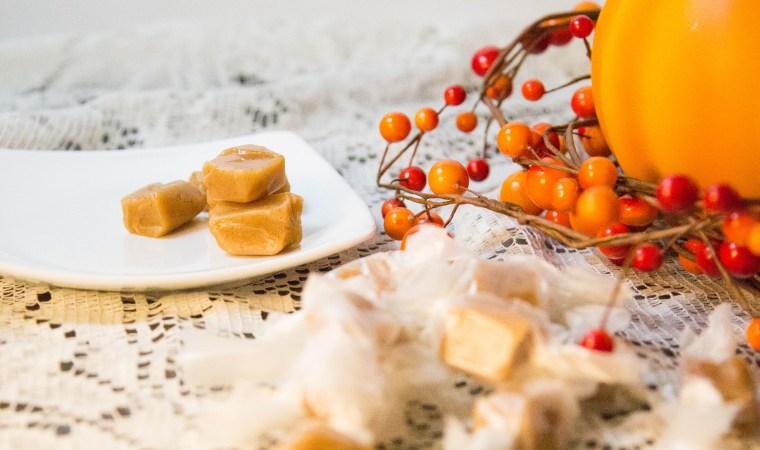 Pumpkin Spice Caramels | www.sweetteasweetie.com