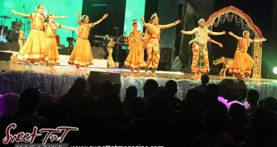 Divali, hindu, indian dance, hands spread, divali nagar 2016, Chaguanas, Sweet T&T, Sweet TnT, Trinidad and Tobago, Trini, Travel, Vacation, Tourist