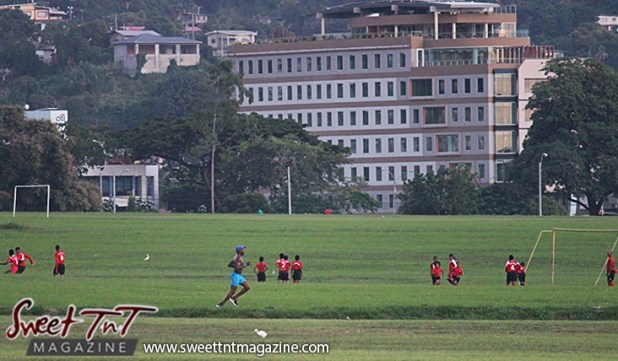 Man jogging Queens Park Savannah Port of Spain for How to lose weight story in Sweet T&T, Sweet TnT, Trinidad and Tobago, Trini, vacation, travel