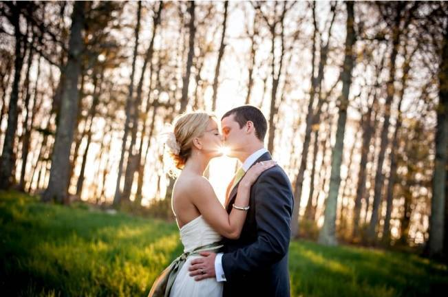 sunlight kiss wedding photograph
