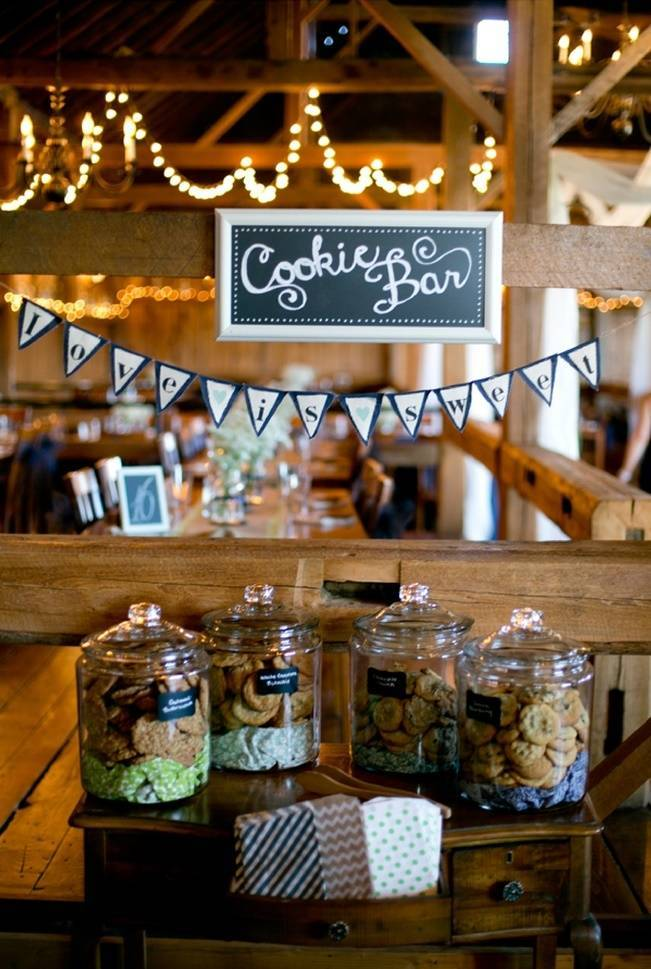 rustic wedding cookie bar - cake alternative