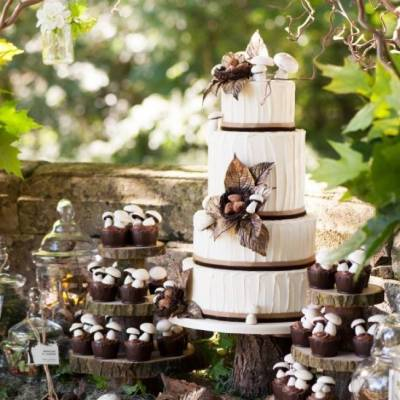 Woodland Wedding Cake Inspiration