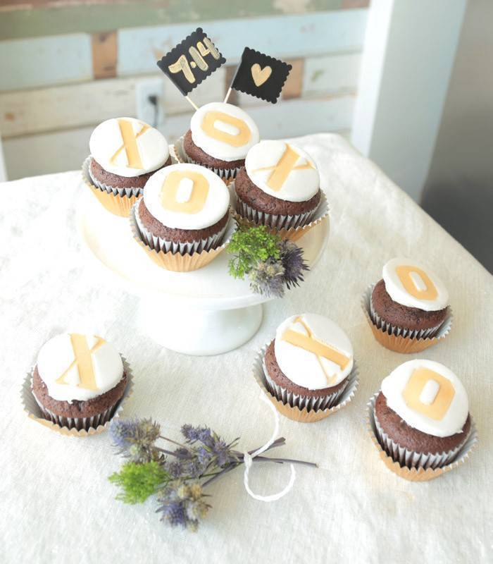 XO cupcakes tutorial