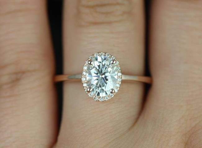 Beautiful Bachelorette-Inspired Oval Engagement Rings 6