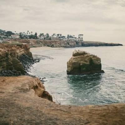 San Diego Elopement at Sunset Cliffs {Yes, Dear. Studio}
