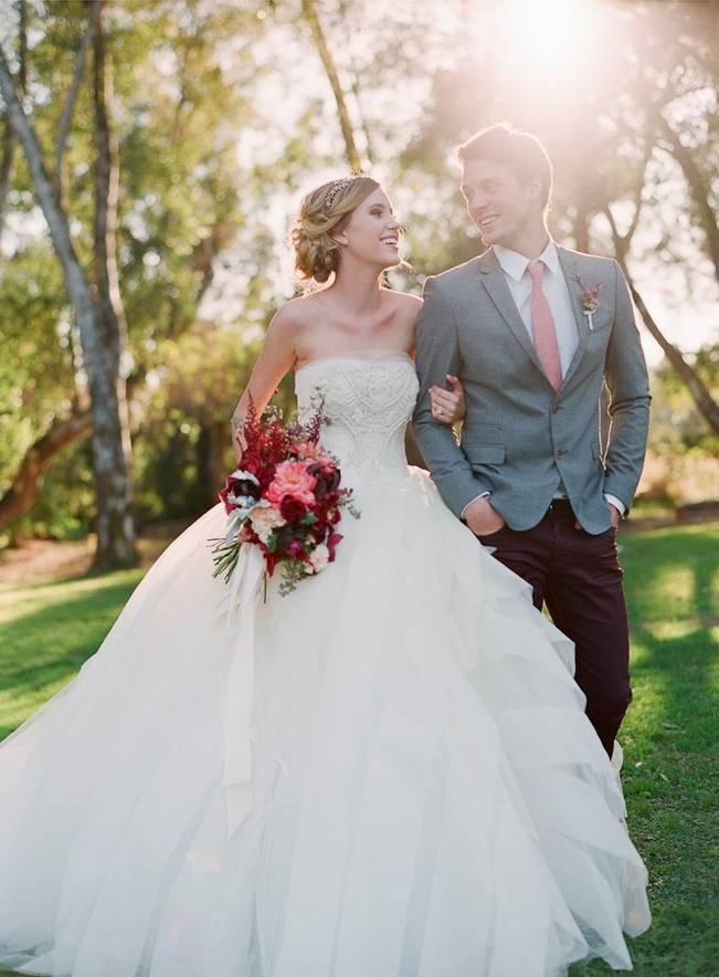 Elegant Red Alfresco Wedding Inspiration {Carmen Santorelli Photograhy} 16