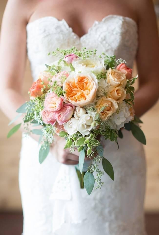 Sweet Vineyard Wedding in Virginia {Gayle Driver Photography} 9