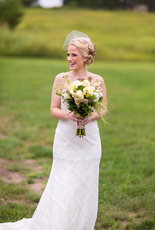 Hops Themed Wisconsin Farm Wedding {Studio Jada Photography} 5