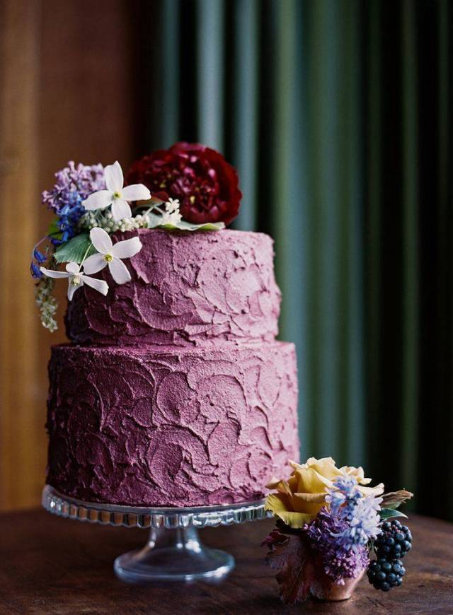 Prettiest Purple Cakes 2 -PHOTOGRAPHY BY ANN KATHRIN KOCH via smp