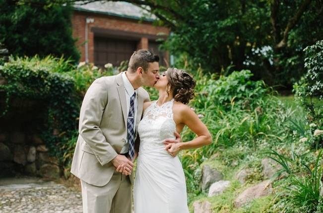 Plum Lakeside Ohio Wedding {Mindy Sue Photography} 11