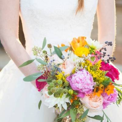 Colorful + Bright Styled Shoot {Thompson Pictures}